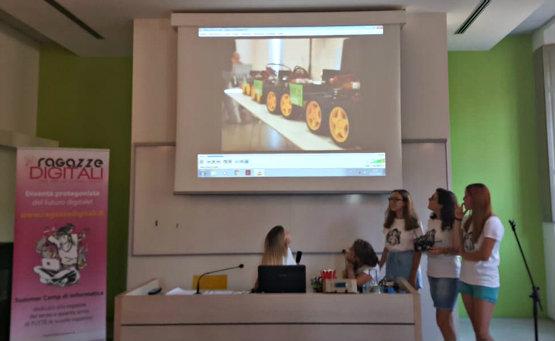 ragazze_digitali_reggio_presentazione_555