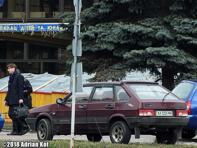 VAZ Lada 2109 Samara, Fujifilm FinePix HS35EXR