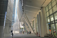 Salesforce Transit Center - Sidewalk