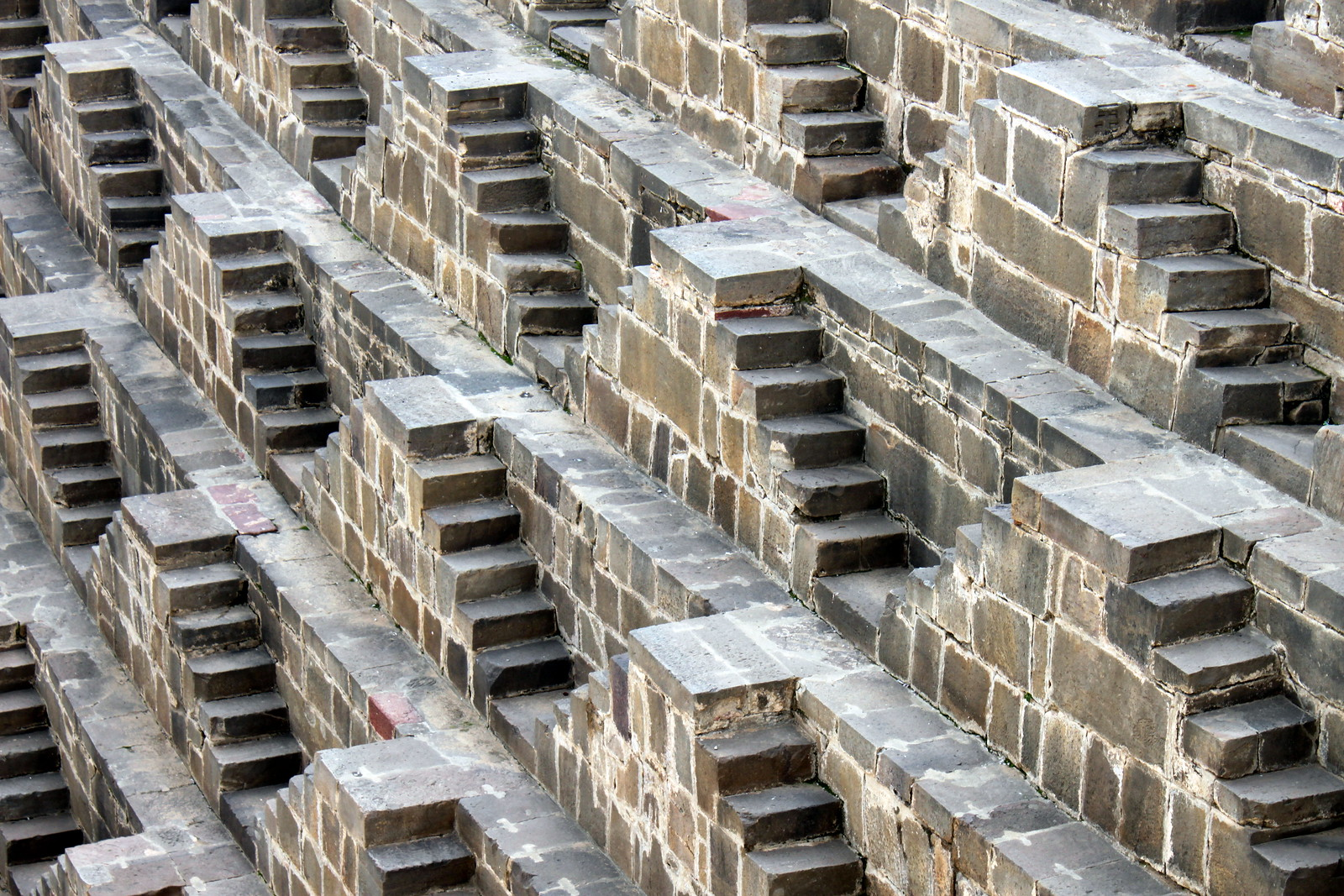 chand baori stepwell (1)