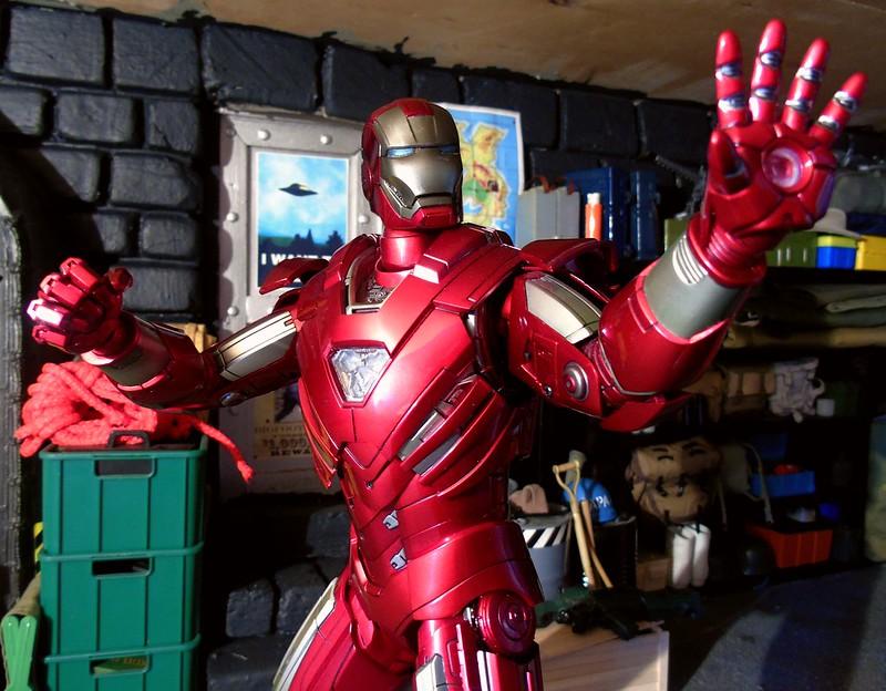 Iron Man Silver Centurion 27714226168_50236abc73_c