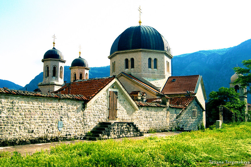 Вид в сторону церкви Св. Николая с крепостных стен
