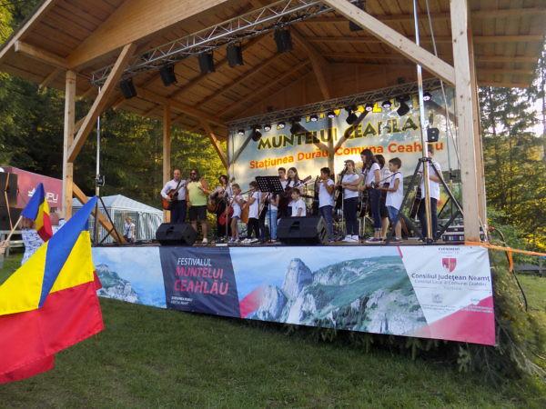 Festivalul Muntelui Ceahl u, Nikon COOLPIX L330