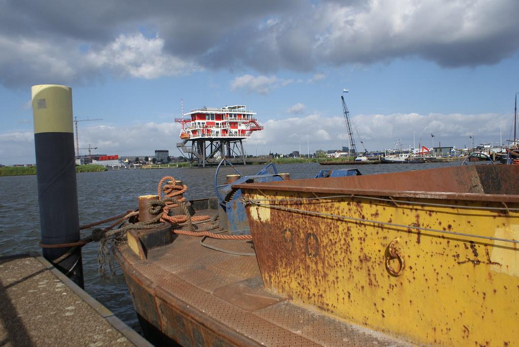 REM Eiland à l'ouest dans le port d'Amsterdam.