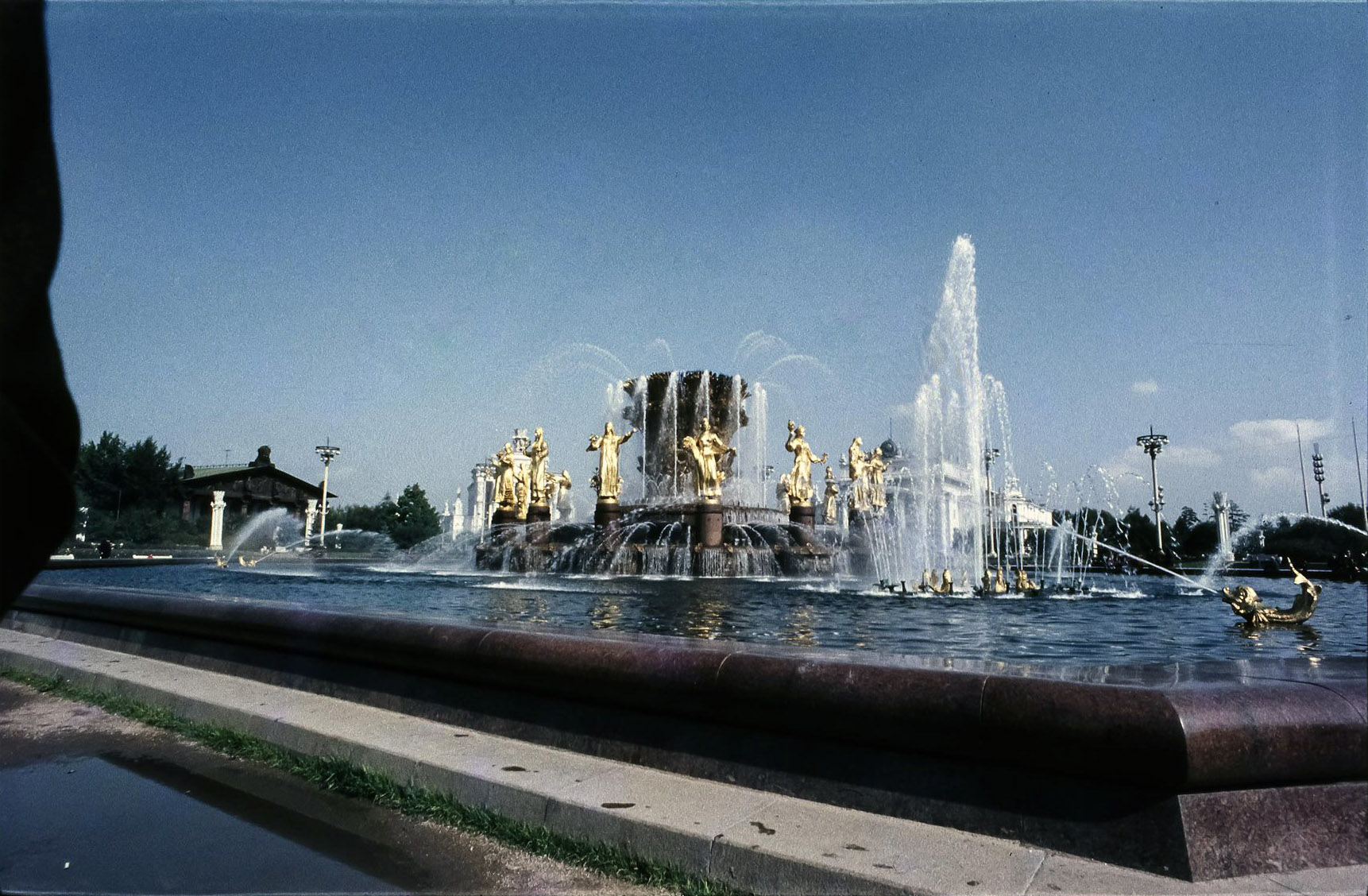 ВДНХ. Фонтан Дружба народов СССР
