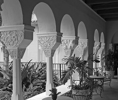 Arched garden walkway