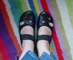 hand(0.0), outdoor shoe(0.0), arm(0.0), finger(0.0), human body(0.0), nail(0.0), toe(0.0), art(1.0), footwear(1.0), shoe(1.0), sandal(1.0), limb(1.0), leg(1.0), foot(1.0), blue(1.0),