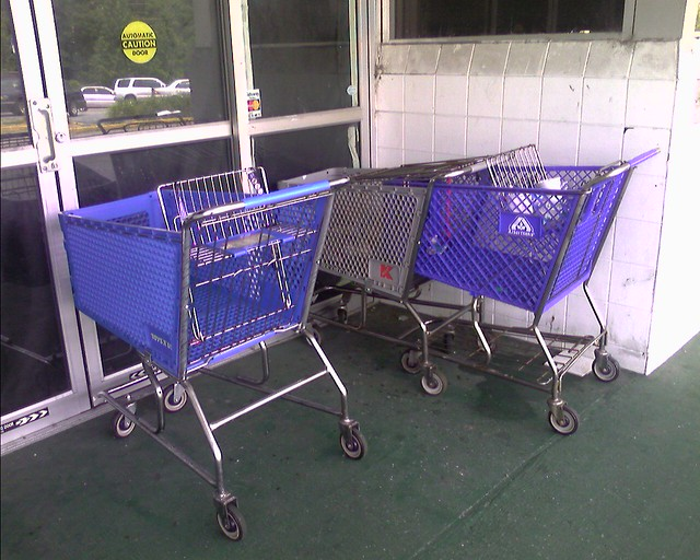 Albertsons Cart in Front of Old Eckerds/Gateway Store