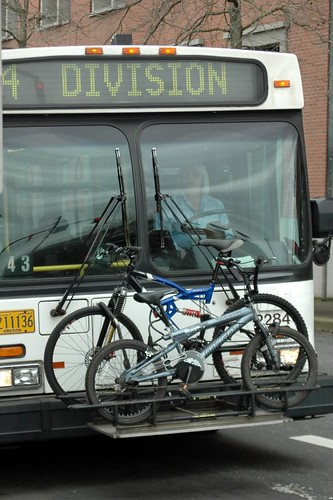 TriMet bus with rack