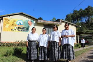 Hermanas de la Resurrección que atienden el Hogar