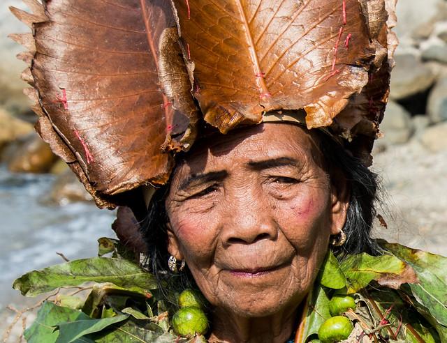 Filipino lady, Nikon D800, AF-S VR Zoom-Nikkor 24-85mm f/3.5-4.5G IF-ED