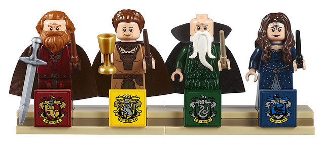 71043 Hogwarts Castle (3)