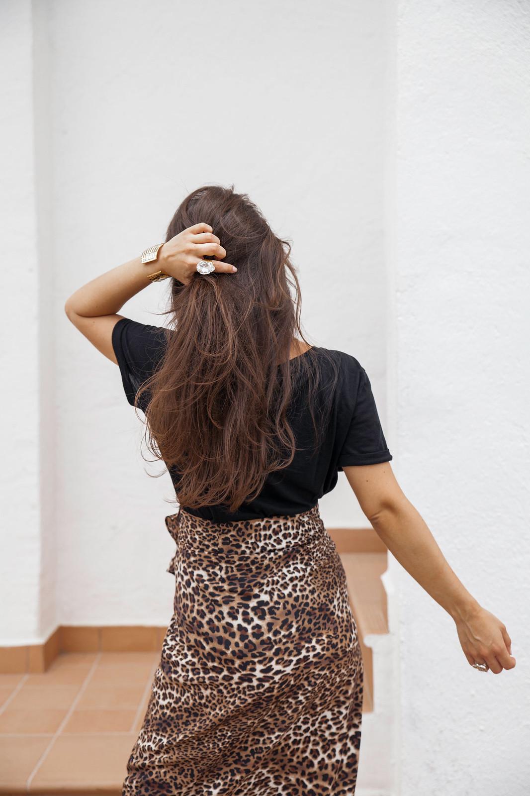05_leopardo_estampado_tenencia_look_embarazada_falda_comodo_theguestgirl_laura_santolaria_loavies_skirt_animal_print