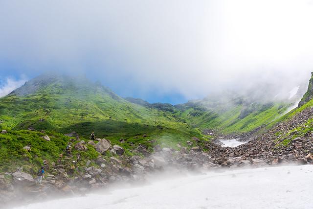雪渓より千蛇谷・山頂方面