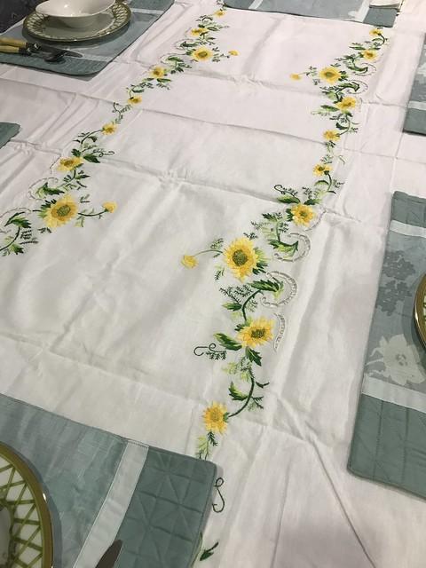 Sunflower table cloth