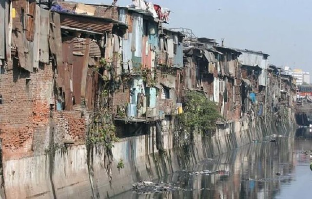 3225 Top 5 Worst and Largest Slums in the World – Karachi at no. 1