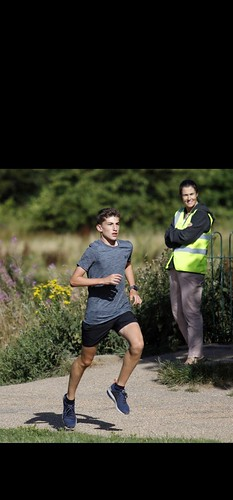 Wilmslow parkrun by Roger Whitehead