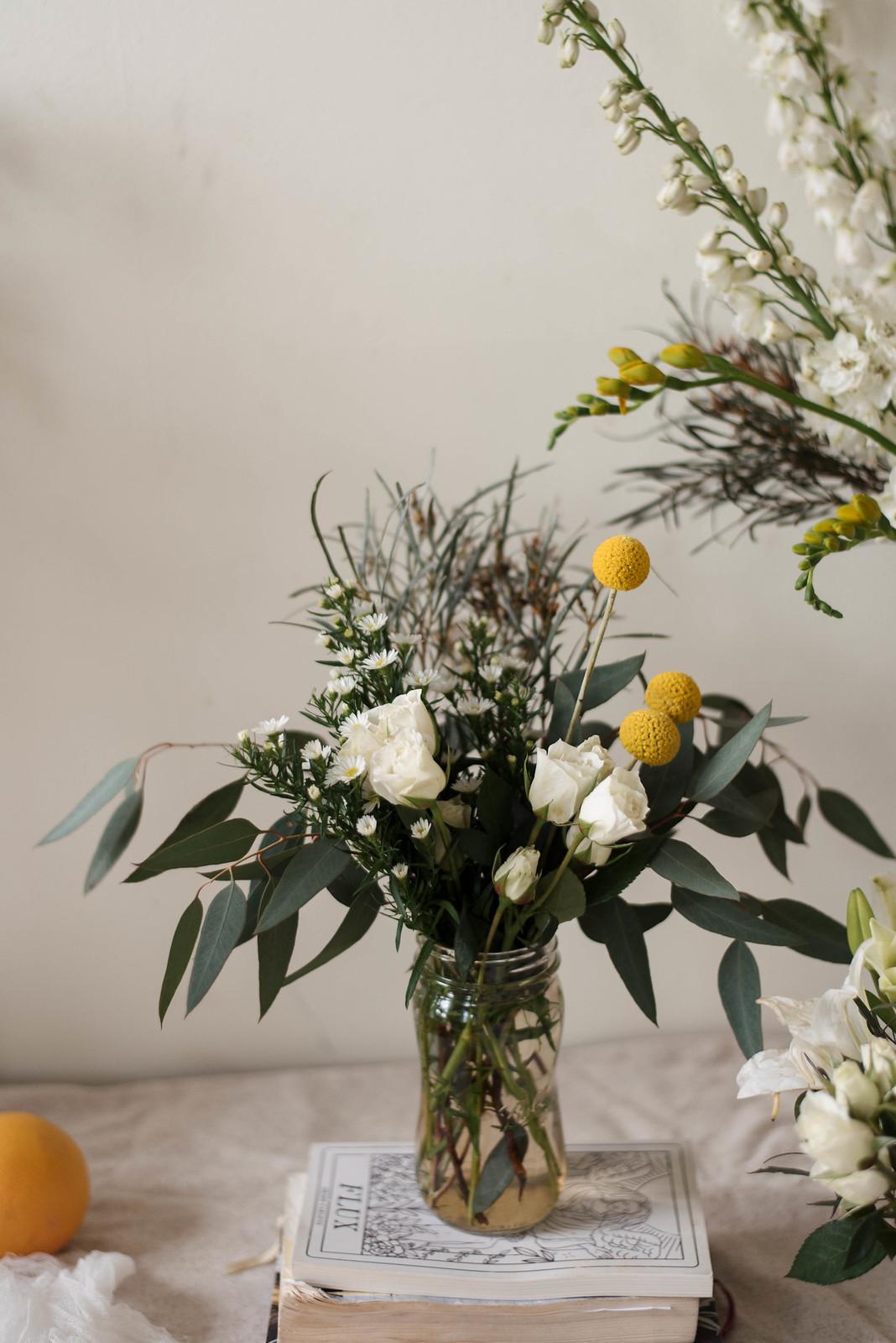Chic Unique Elegant Floral Arrangements on juliettelaura.blogspot.com