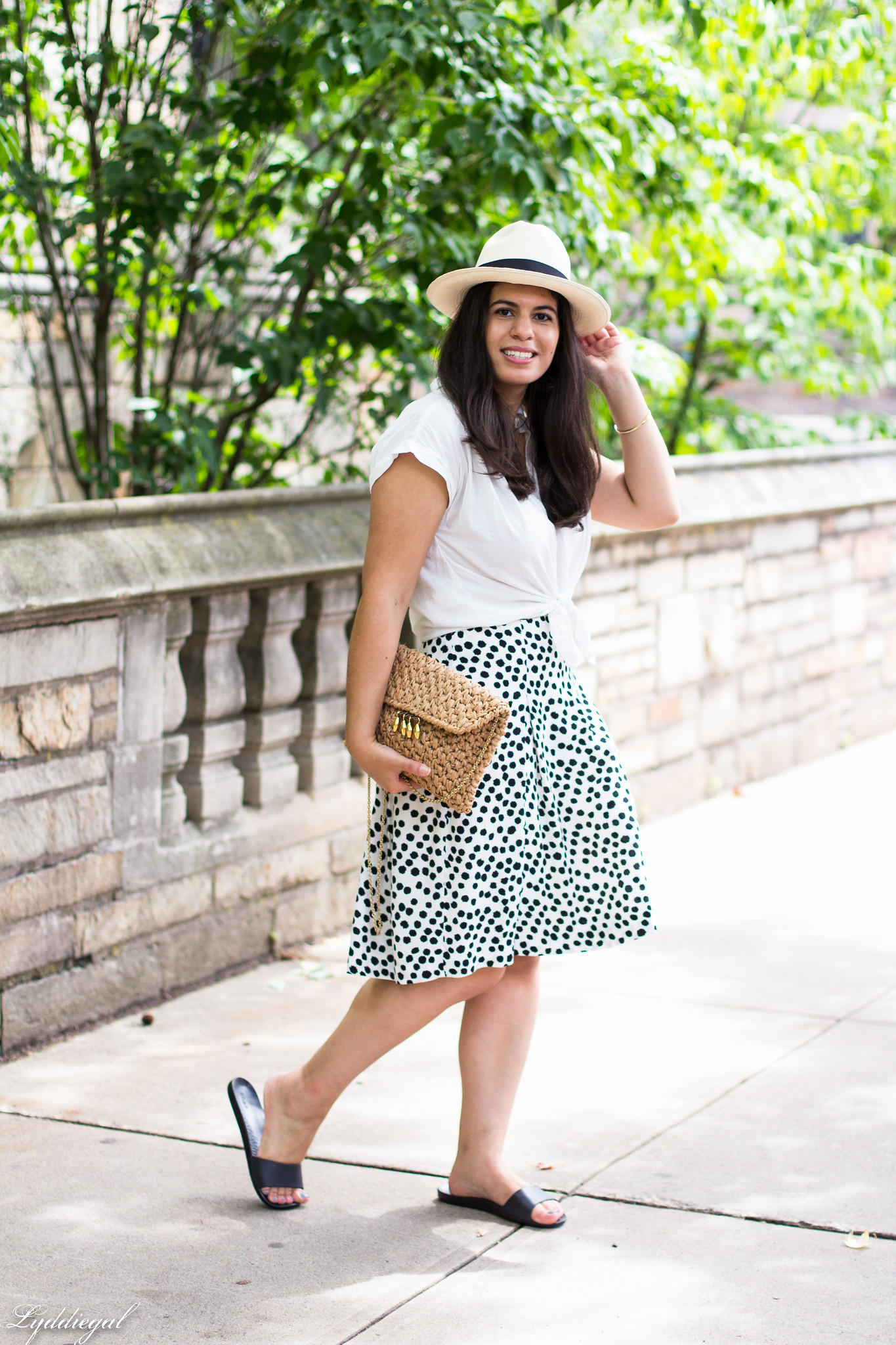 white knotted button down, dalmatian print skirt, straw bag-6.jpg