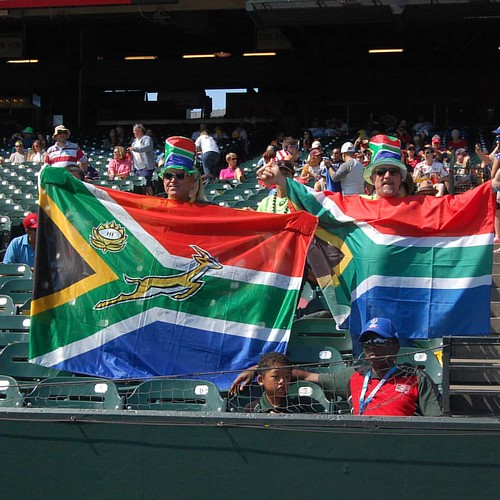 South Africa fans travel well for 3pointsport.com #rugby #rwc7s #attpark #blitzboks