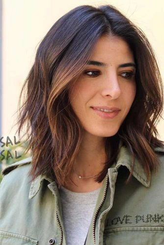 TOP MEDIUM LENGTH LAYERED HAIR IDEAS FOR WOMEN 8