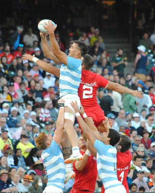 I'm going to be the first to admit @drive_x_strike takes better shots (and give him a follow) but surprised this turned out good. Argentina v Canada Friday session #attpark #rwc7s #rugby can very well be NFL or Aussie rules. My take.