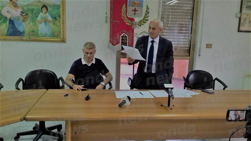 Conferenza stampa migranti auletta