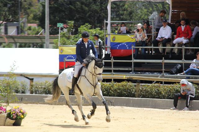 Alvaro Tejada ganó bronce en salto (ecuestres)