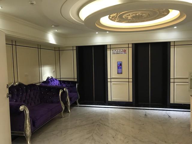 維多利亞時尚酒店 高雄制服店 高雄便服店 9P夜生活