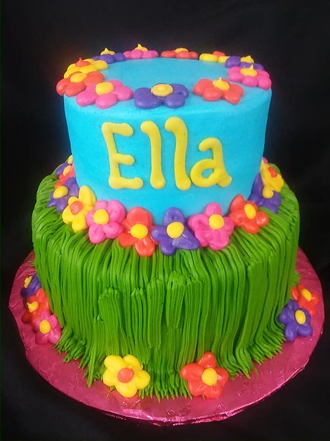 Cake by Cakes Plus Mauriceville Texas