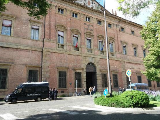 palazzo_di_giustizia_bologna_555