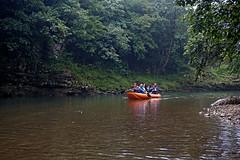 Pe râu