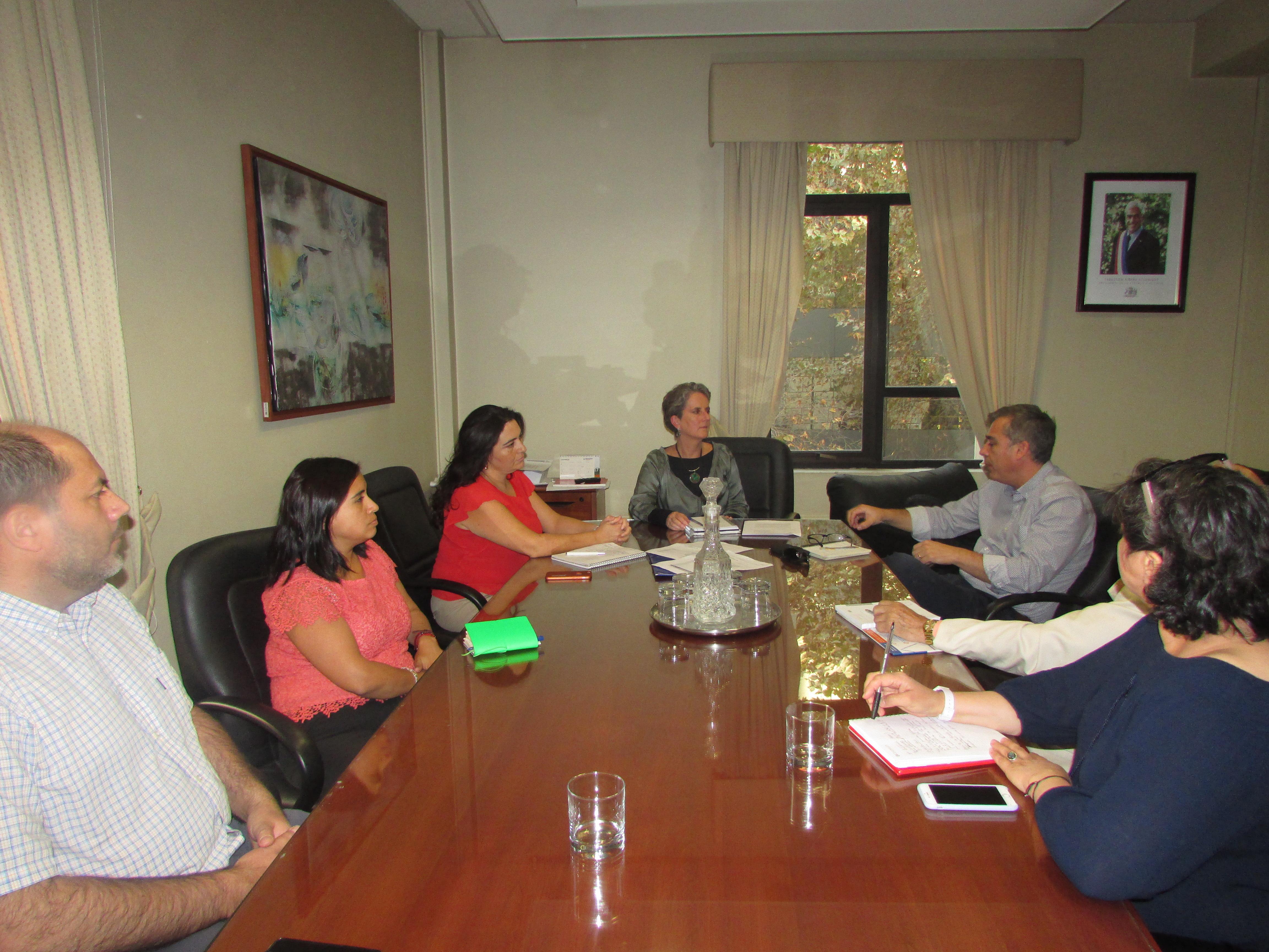 AFIICH con Subdirectora Administración del SII por Oficio Circular N°25 - 20 Abril 2018