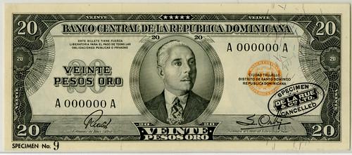 Lot 236. Banco Central De La Republica Dominicana, ND (1952) Specimen Banknote
