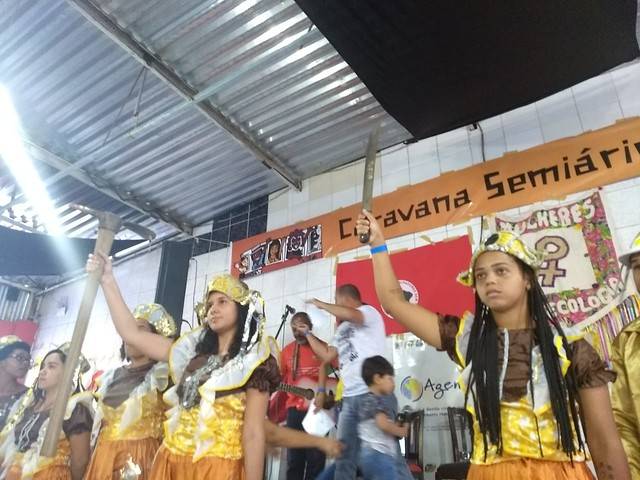 Caravana Contra a Fome chega a Feira de Santana (BA) e parte para Minas Gerais