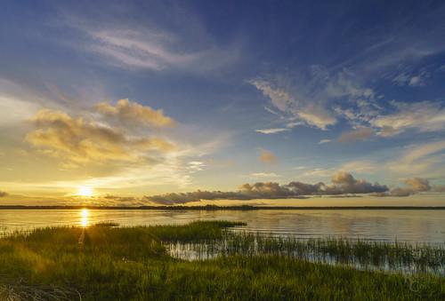 a7rii alpha beaufort datawisland emount fe1635mmf4zaoss ilce7rm2 sc sony south southcarolina atardecer bluesky clouds fullframe landscape marsh mirrorless puestadelsol sky sun sunset water wetland