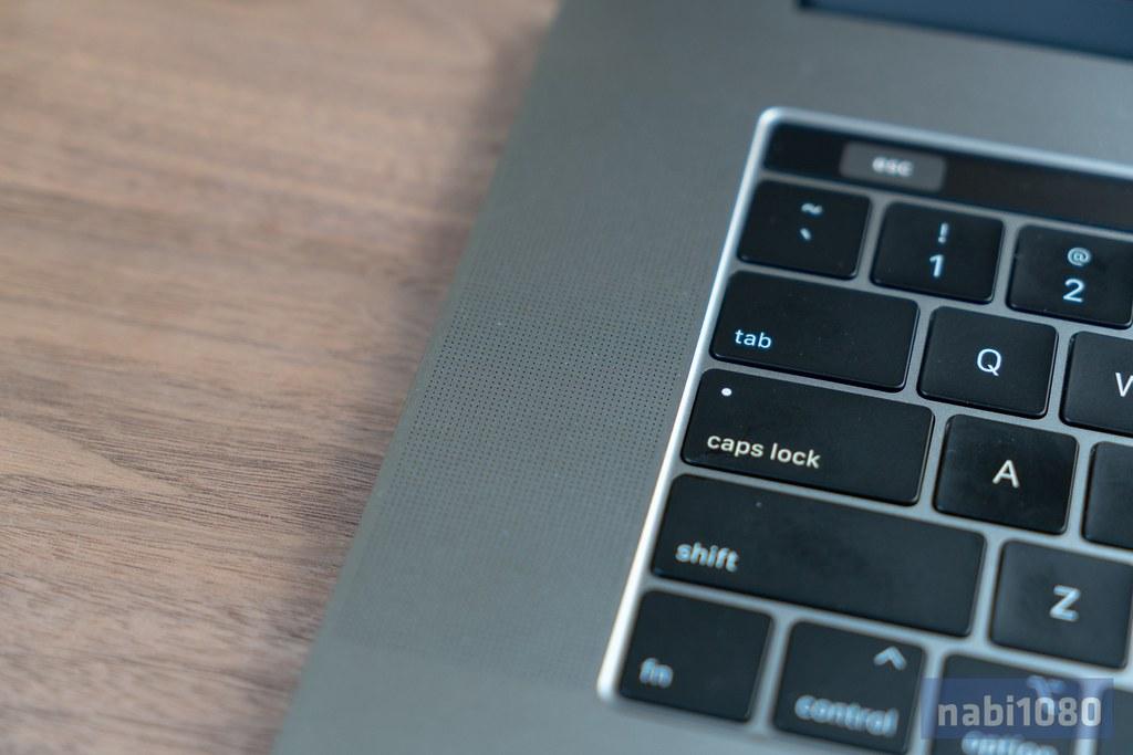 15インチ MacBook Pro 201808