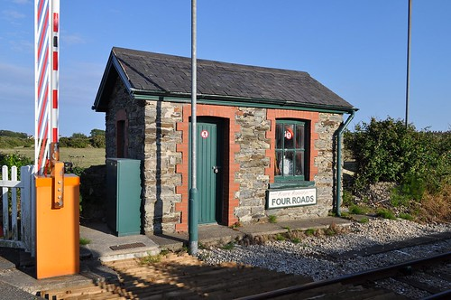 Four Roads crossing keepers hut