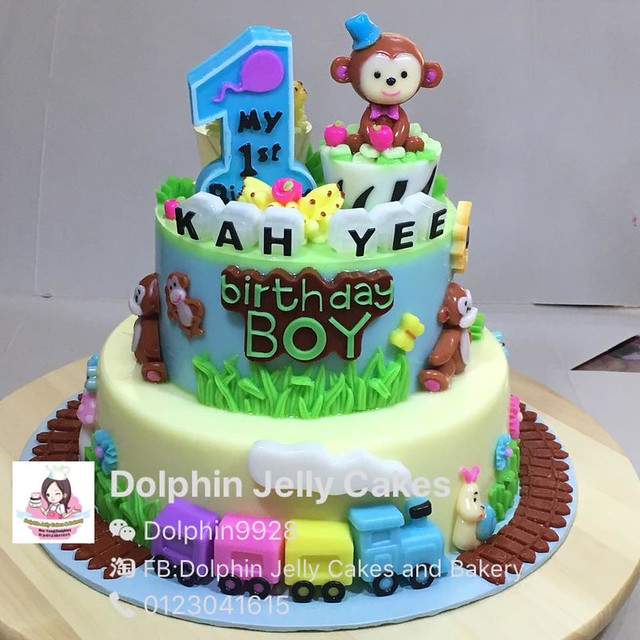 Cake by Dolphin Jelly Cakes and Bakery,Klang