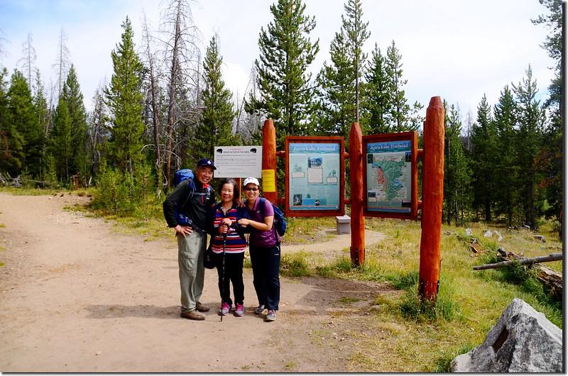 Columbine Lake Trailhead 3