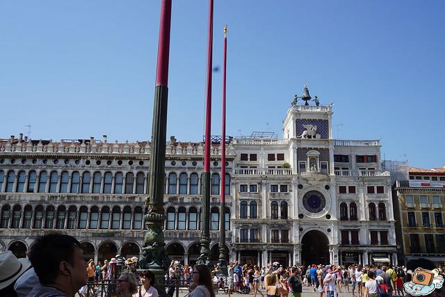 義法13日(Piazza San Marco)