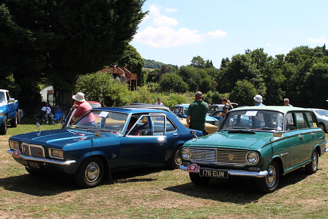 1963 Vauxhall Victor FB Estate and 1972 Vauxhall Victor FE 2300
