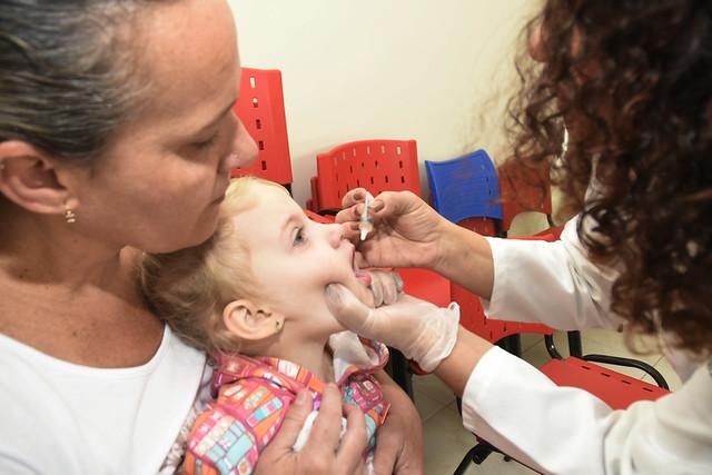 campanha de vacinacao contra a poliomielitw e o sarampo (39)