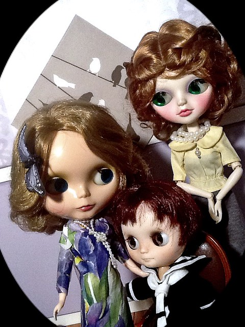 Blythe-a-Day 7. Ladybird, Ladybird, Apple iPad 2, iPad 2 back camera 2.03mm f/2.4