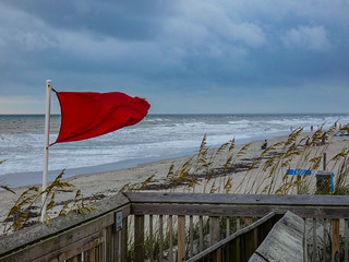 warningflagsonthebeaches2 | by ocracokewaves