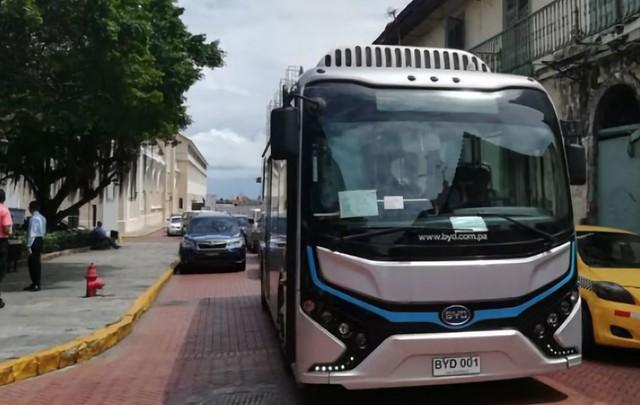 Bus eléctrico circulará por casco antiguo de Panamá a partir del 6 de agosto