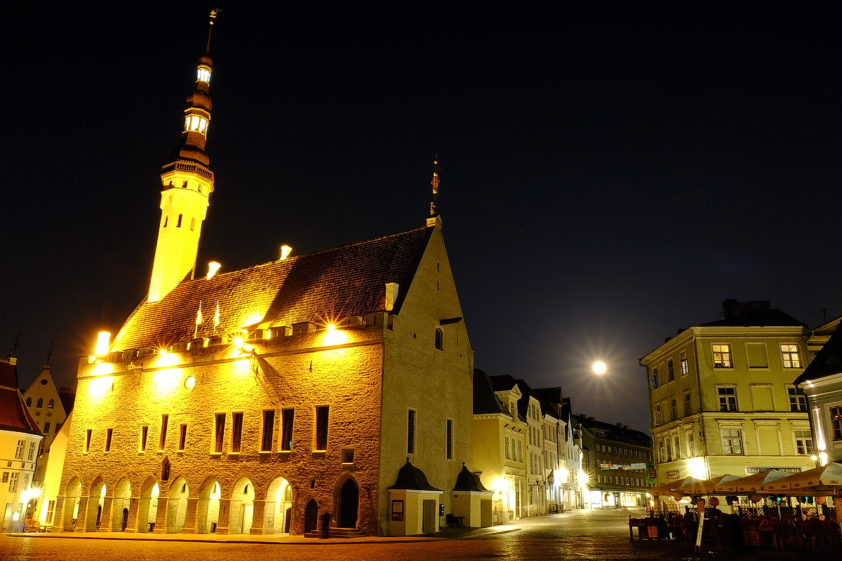 The Moon over the Tallinn  Town hall square