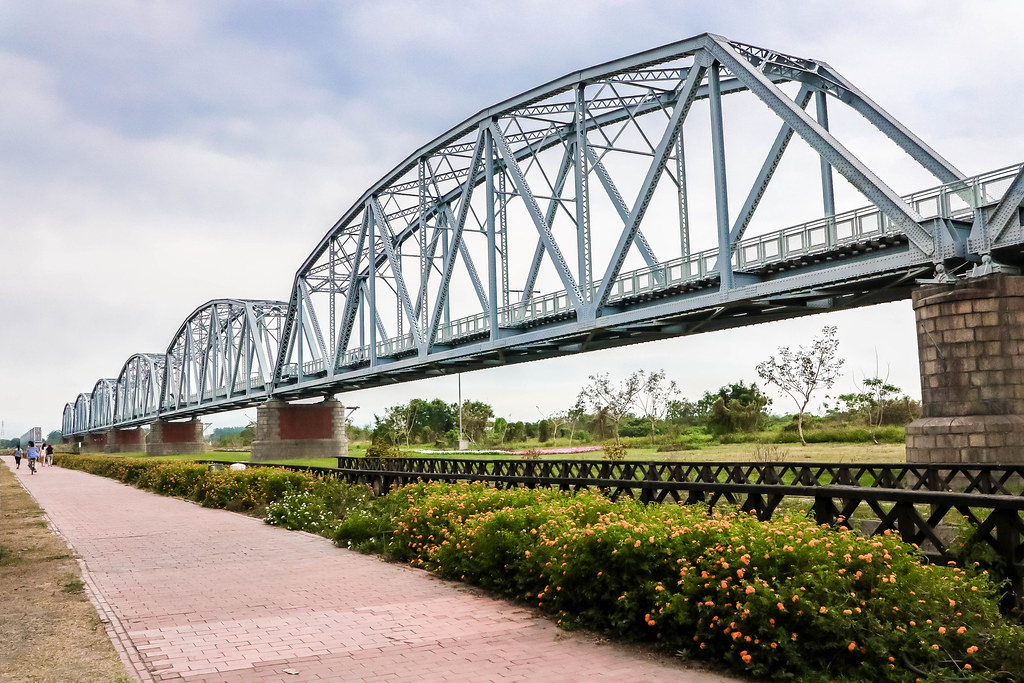 dashu-old-railway-bridge-alexisjetsets-6