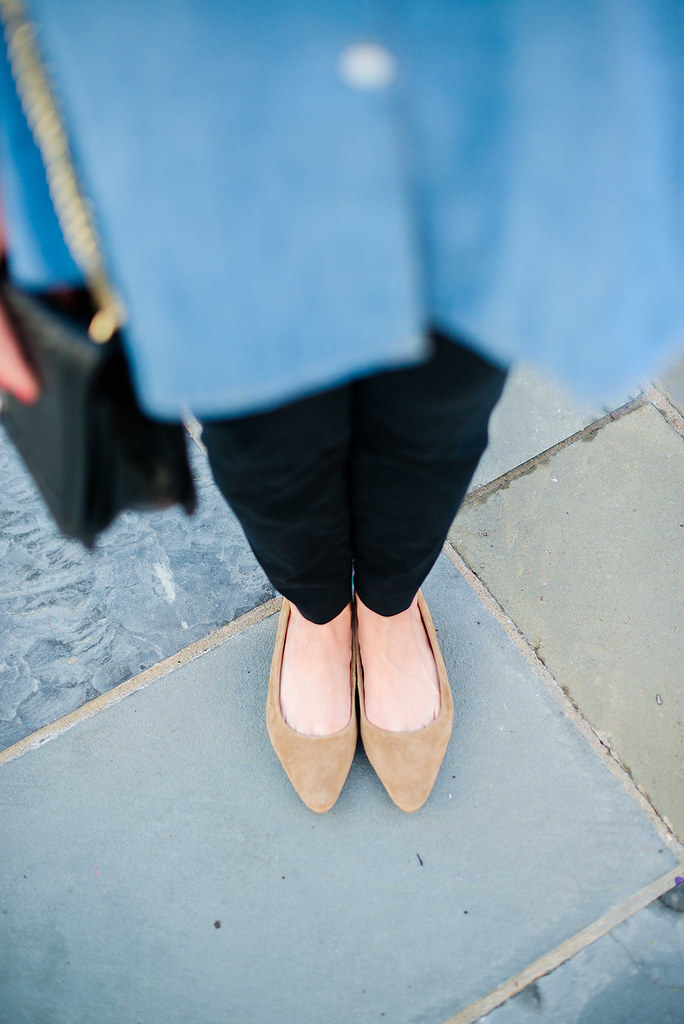 The Chambray Shirt to Wear to the Office-@headtotoechic-Head to Toe Chic