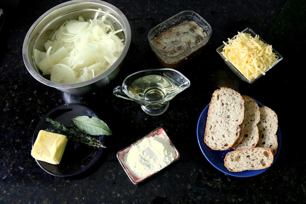 Sopa de Cebolas Francesa